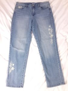 Style&Co Boyfriend Jean's with embroidery